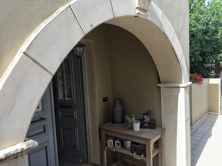 The room under the arch
