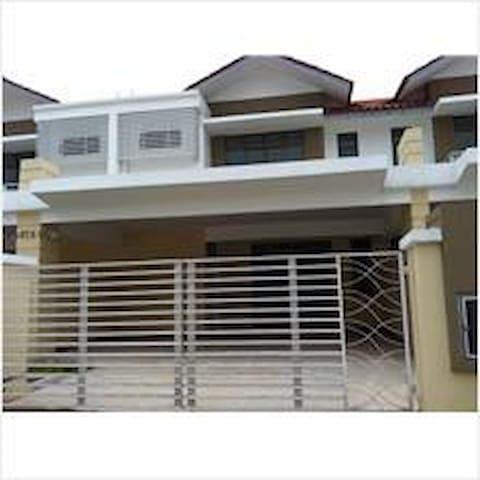 2-storey house in Bandar Dato Onn