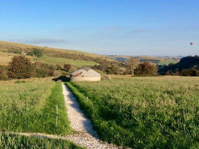 Peak District Harvest Moon Yurt with Hamper