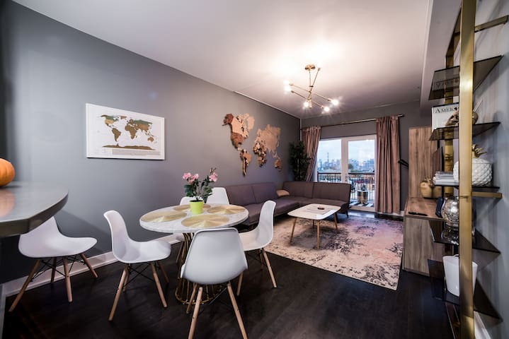 Modern apartment with NYC view. 10min to Times Sq - Condominiums ...