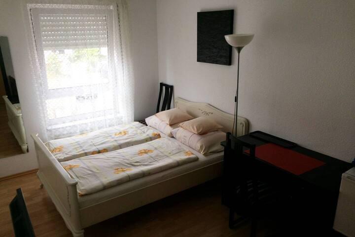 Ruhiges Zimmer in Heidelberg