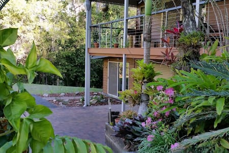 Country Retreat Apartment, Conveniently Located - Mooloolah Valley - Lejlighed