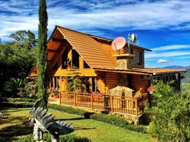 Hermosa Villa en Jamaca de Dios Jarabacoa, la Vega
