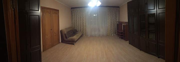 Schöne, geräumige ein 3 Zimmer Wohnung im Moskau,