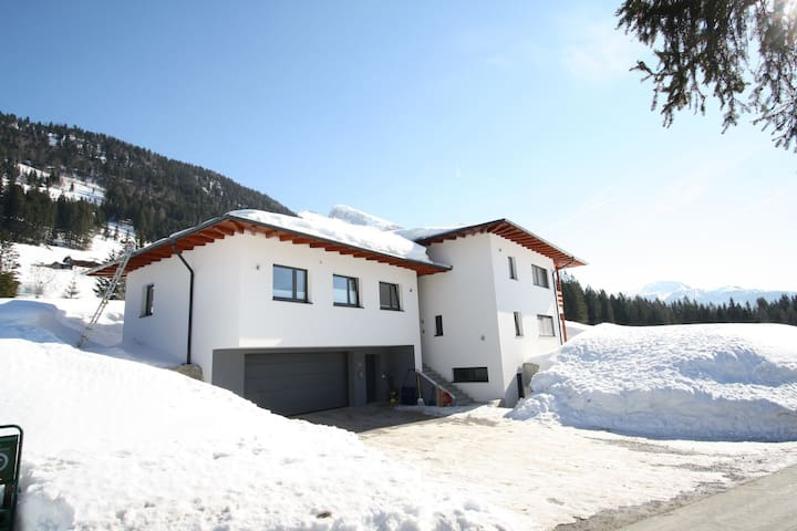 Cosy Apartment in Annaberg with Private Garden