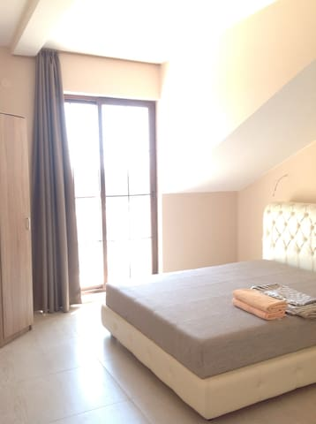Комната с 2х спальной кроватью бесплатный трансфер