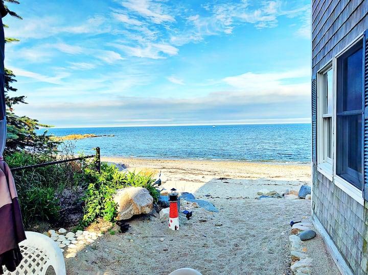 Winterfell - Beautiful BeachHouse (Beach Private!)