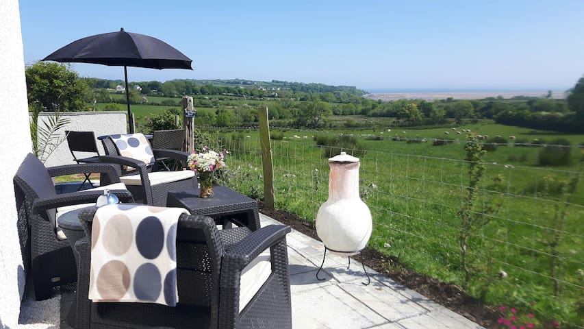 Red Wharf Bay View Retreat for Two. - Pentraeth - Casa
