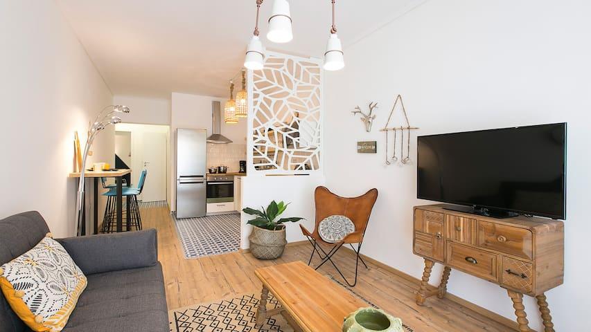 #FLH - Boho Chic Apartment, Agia Sofia District