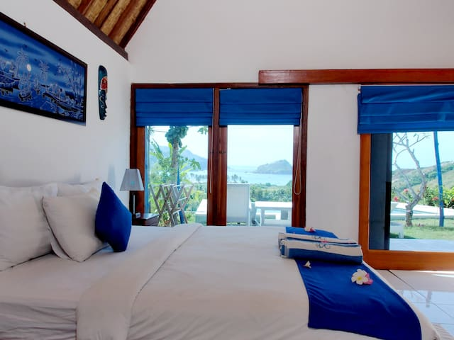 OCEANVIEW Villa w King Bed & Pool in PARADISE - Pujut