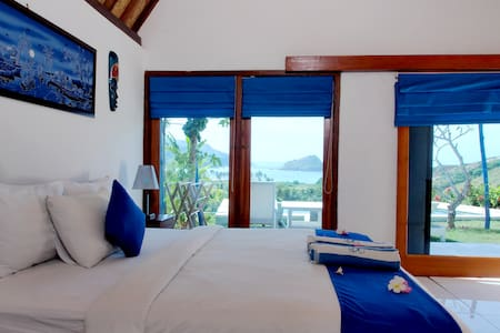 OCEANVIEW Villa w King Bed & Pool in PARADISE - Pujut - Huvila