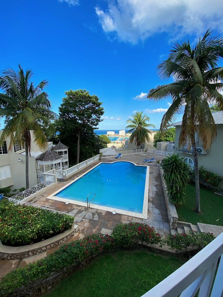 Ocean View Ocho Rios Apartment