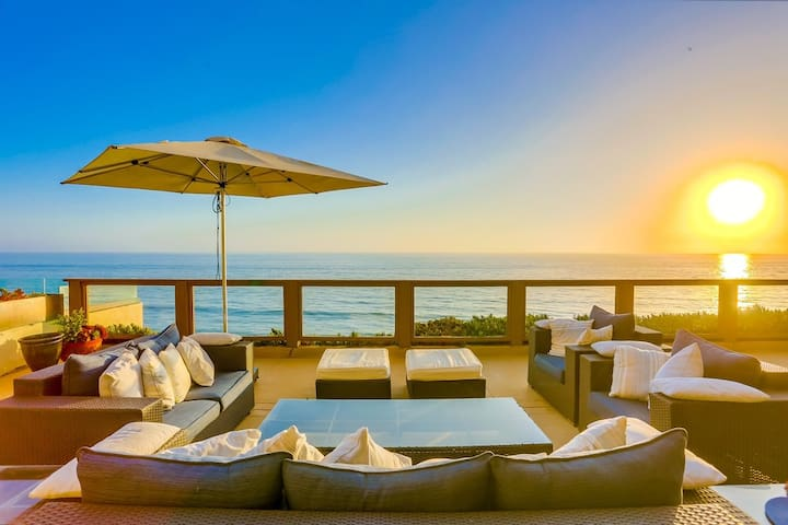 Ocean Front ☆ 2 Stories ☆ Dual Ocean View Patios