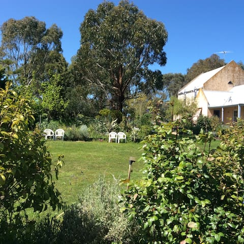 B&B Barrabool Hills Retreat. - Barrabool - Bed & Breakfast