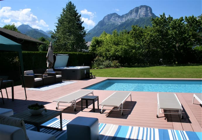 The Pool House, with large heated pool and hot tub