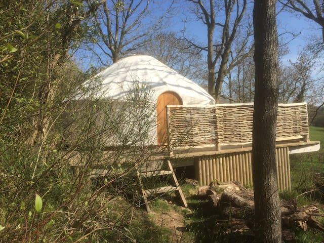 Romantic Yurt for 2
