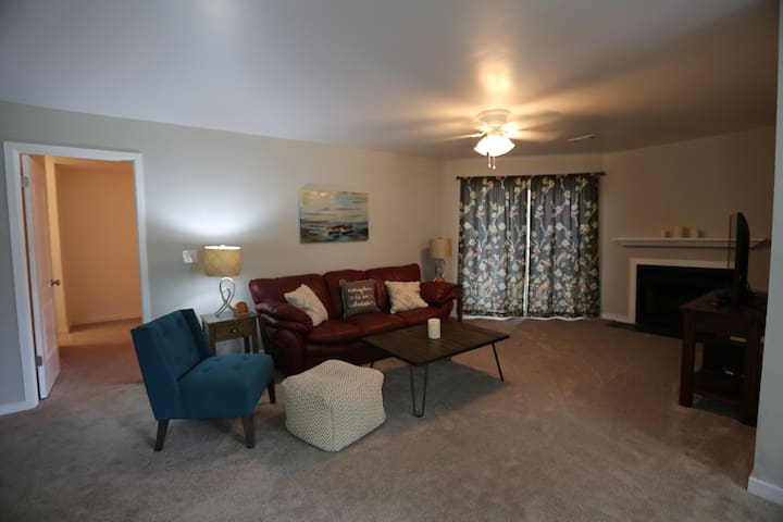 Your Charleston Hm-2 bd,2 bath-new and comfortable - North Charleston - Apartmen
