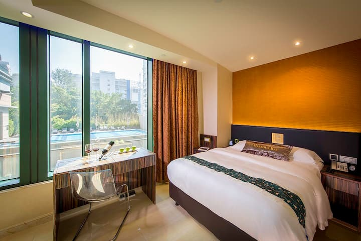 20% off SUPERIOR DOUBLE ROOM (City View)