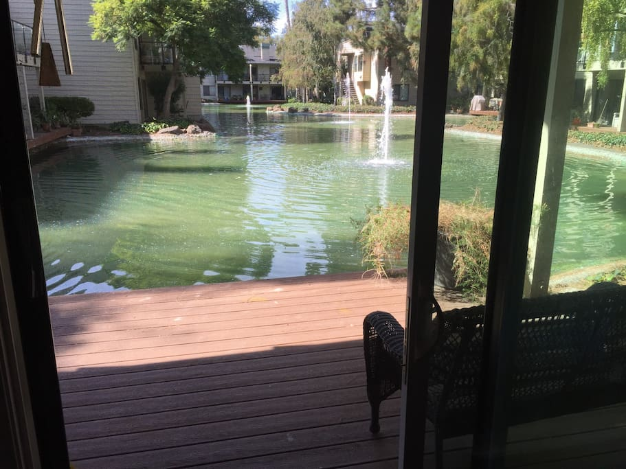 Veranda, lagoon & fountains