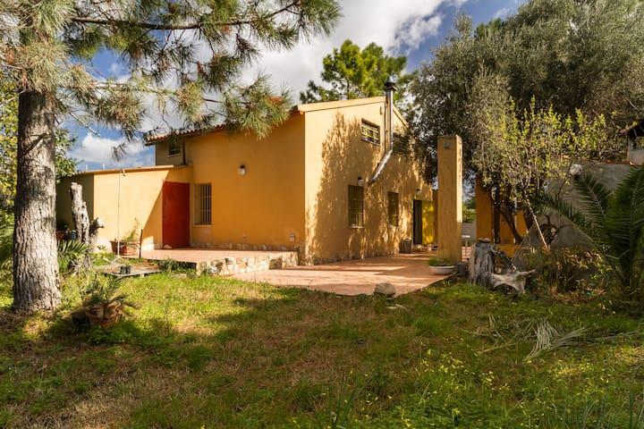 Villetta in campagna con posto auto - Quartucciu - Villa