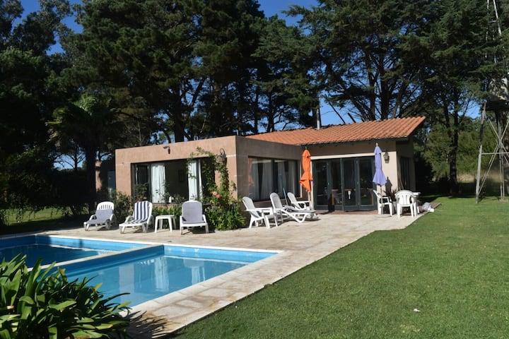 Casa con piscina en Playa Chapadmalal