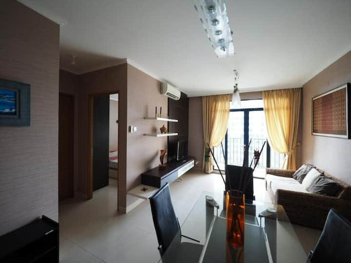 2-BR Apartment in Pondok Indah Area (chez Ida)