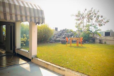 Rooftop Suite- Central,Pvt.Garden+Kitchen+Workarea