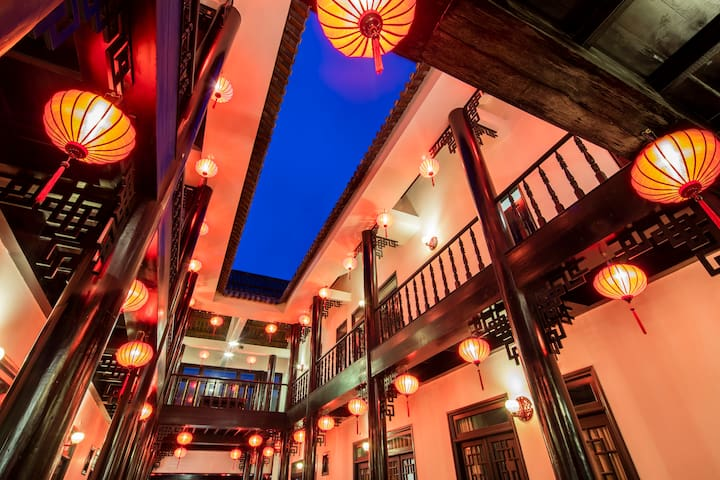 Stay in a Traditional Asian Architecture - tp. Phú Quốc - Albergue