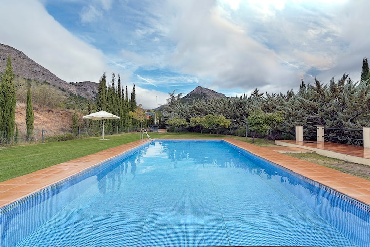 Casa en plena Sierra Natural con piscina
