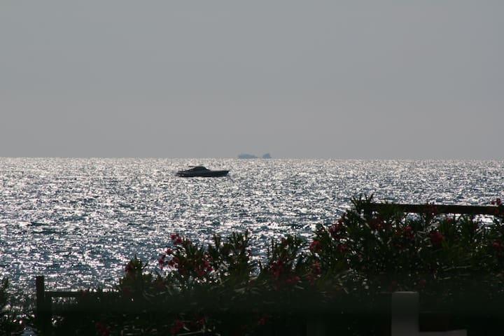 Chalet Teresa Villetta indipendente a 30m.dal mare - Paestum - Huvila