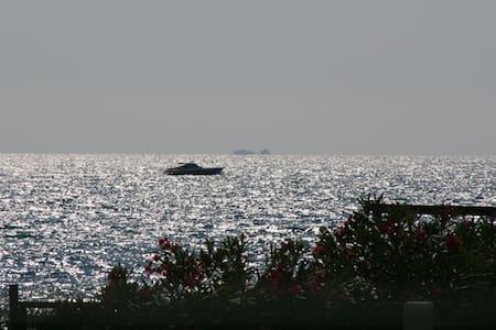 Chalet Teresa Villetta indipendente a 30m.dal mare - Paestum