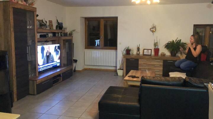 Appartement pr 4 personnes 2 grdes chambres 100m2