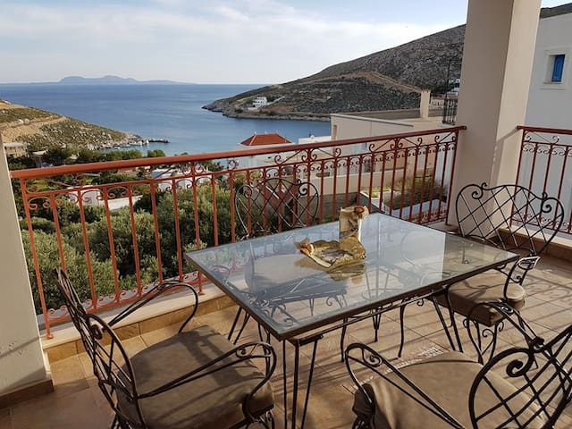 Seaside house w/ wonderful sea view - Kalymnos - Huis