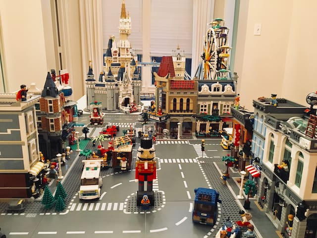 Charming Home near Premium Outlet with huge LEGO