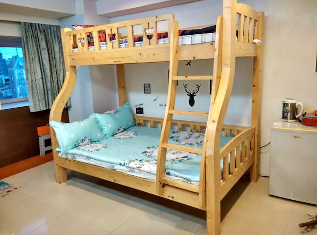 sweethome studio for 2-3 guests,long term discount