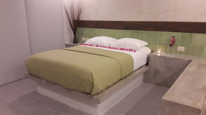 Honeymoon getaway private hot tub, location BP5 - Playa del Carmen - Apartamento