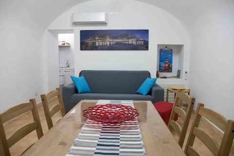 Amalfi apartment downtown