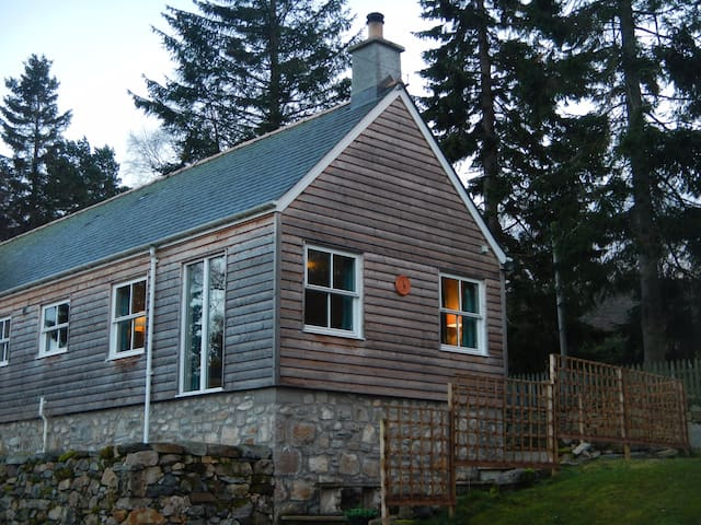 Self Catering Cottage in Braemar - Braemar - Huis