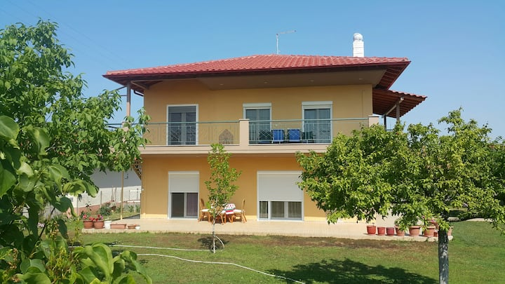 Fantastic house in a great location, Chalkidiki!