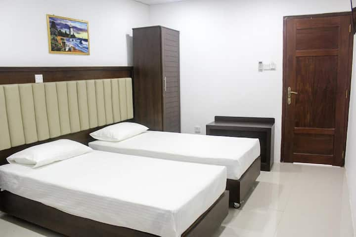 Comfortable room in Central Colombo!