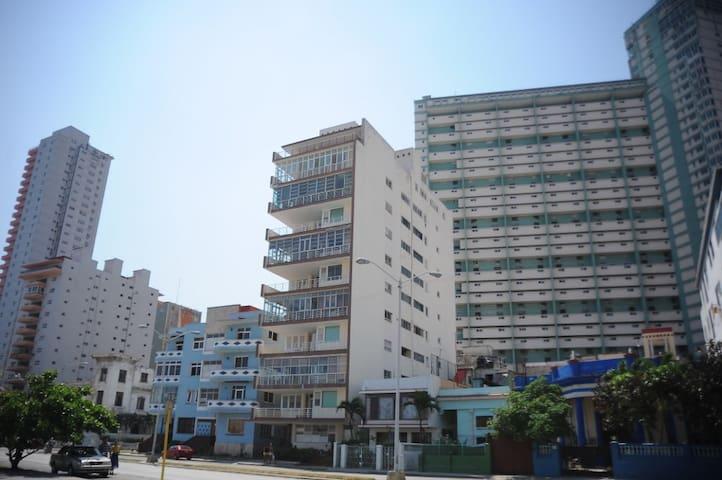 Villa Alicia. Apartamento independiente