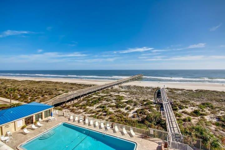 Beautiful Oceanfront 3 Bedroom Condo