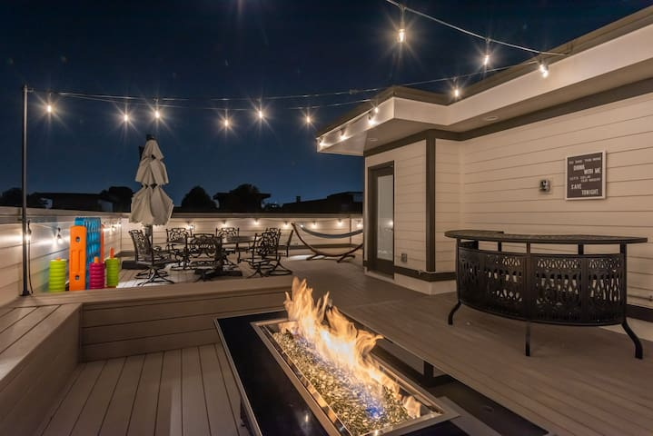 Sophistication on 14th/Rooftop Deck/10 Beds