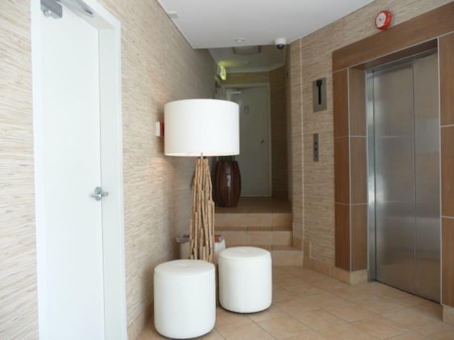 Foyer lift to Unit - Top Floor