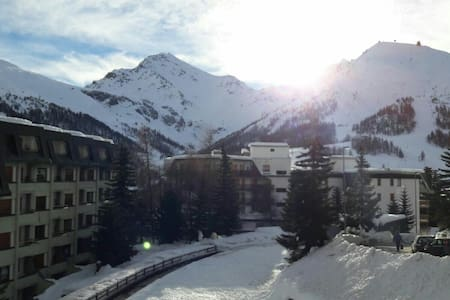 Appartamento a 100mt dalle piste - Colle Sestriere - อพาร์ทเมนท์