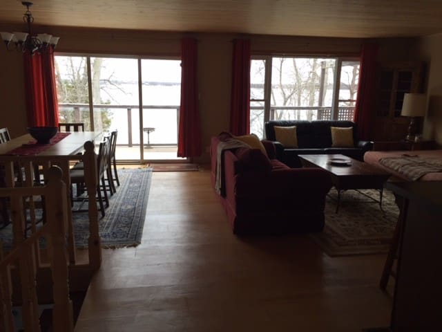 Fantastic Lake Dalrymple Retreat-ALL SEASON! - Kawartha Lakes - Houten huisje