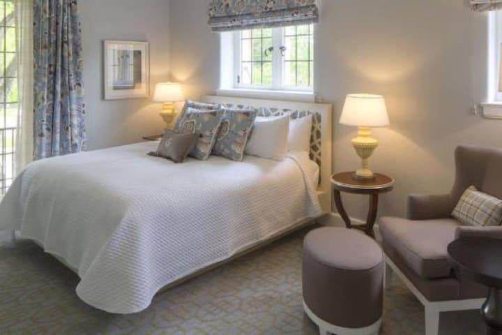 Granville Inn, 1 Queen Bed