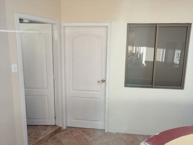 Rentamos habitación en sitio central de Loja, EC.