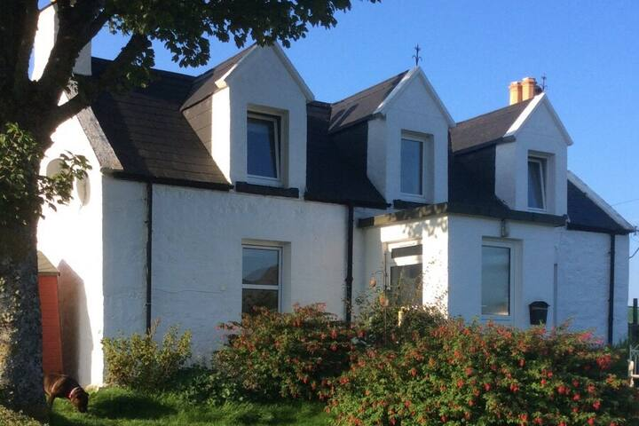 Mable's Cottage Skye-100% Pet Friendly