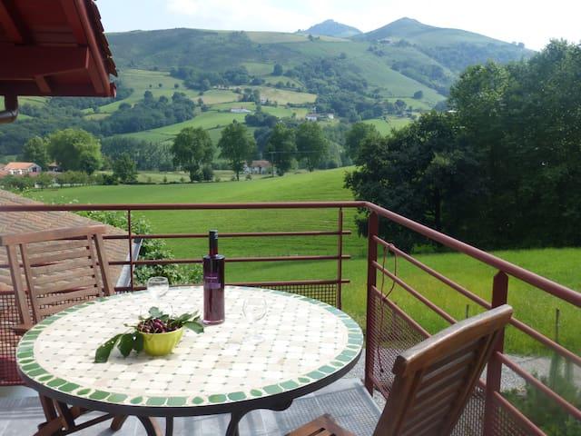 Gite 2 personnes  à Itxassou au Pays Basque